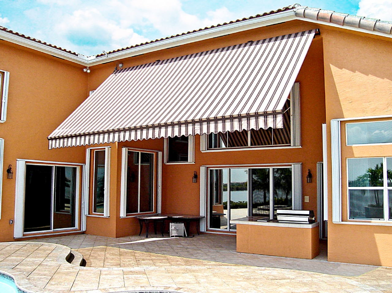 Retractable Canopies Product : Retractable awnings